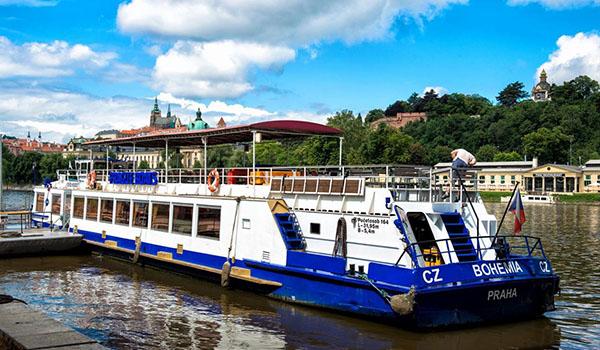 Loď Bohemia