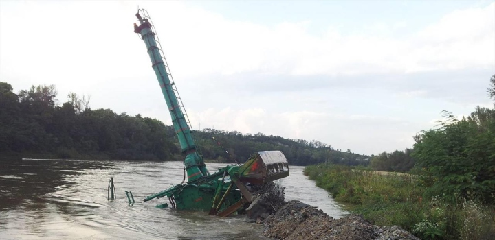 Úpravy vodních toků Vltava – Vraňany